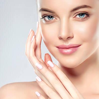 Ganzheitliche Schönheitsleistungen: Gesicht